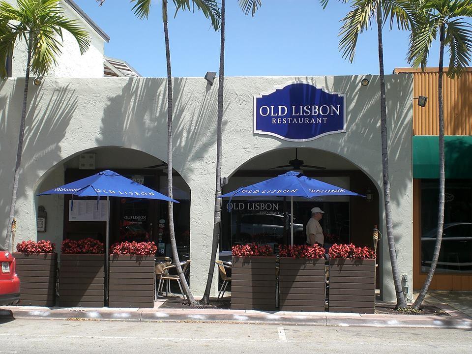 Old lisbon Restaurants Availability
