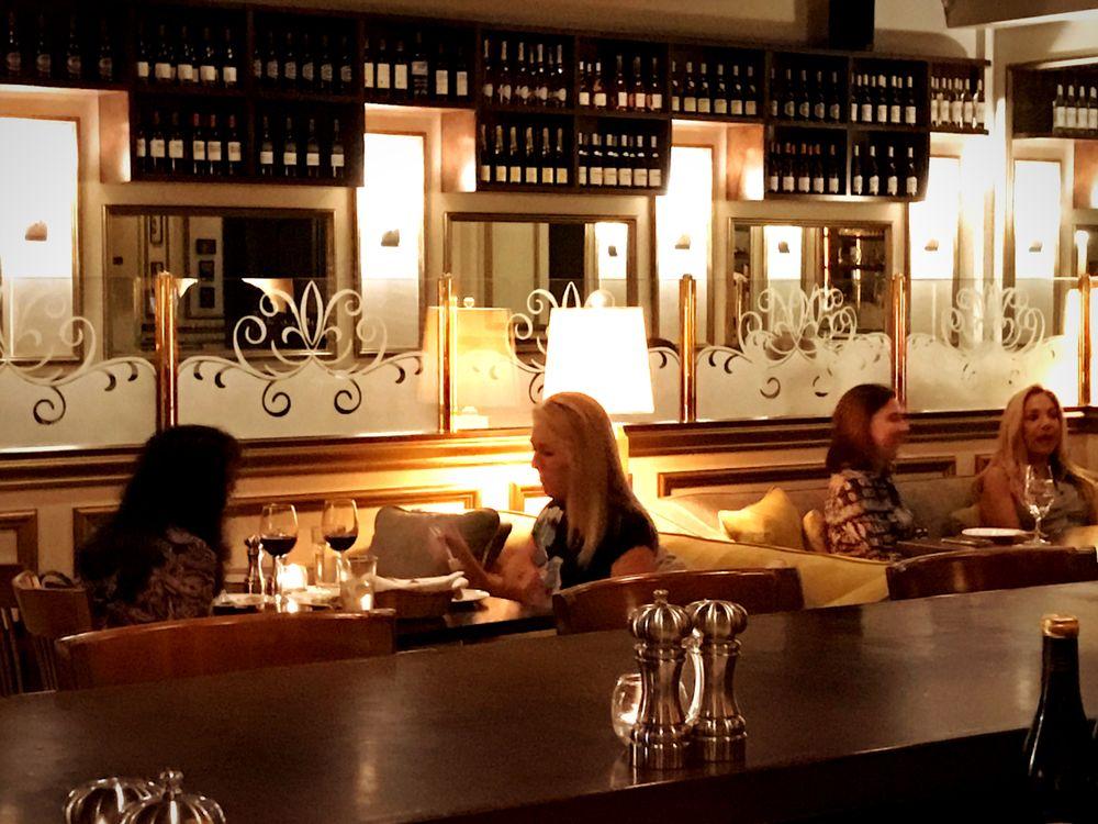 The Parisian Restaurant & Wine Bar - Jupiter Surroundings