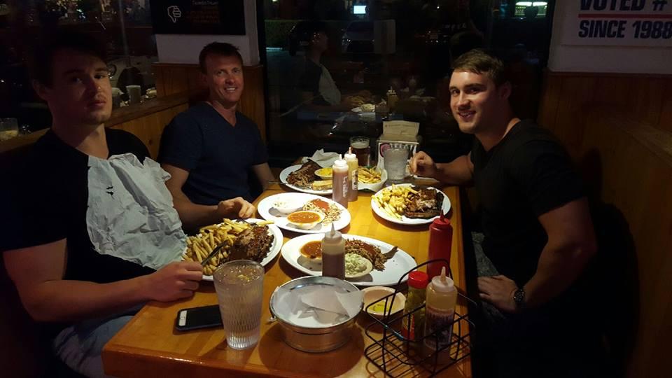 Park Avenue BBQ Grille Boynton Beach Conversation