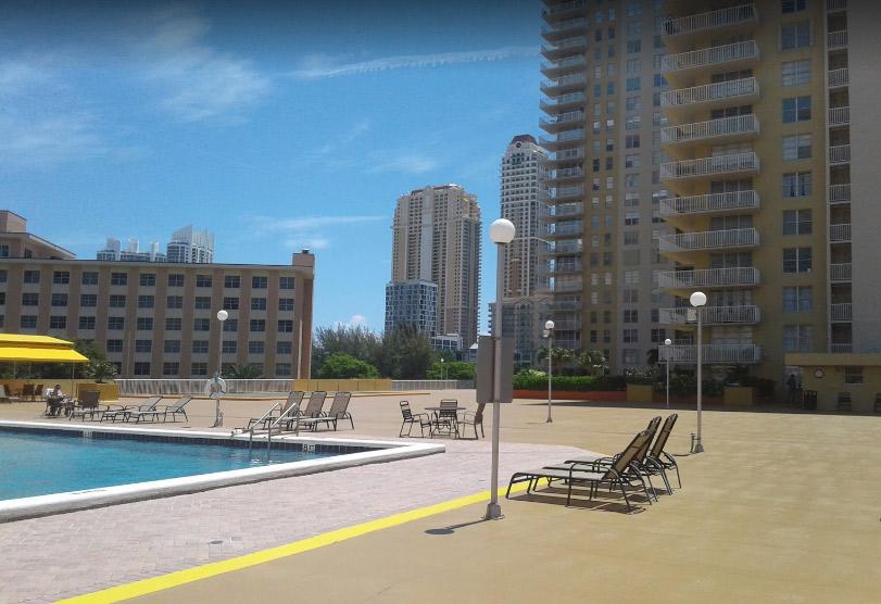 Winston Towers 400 - Sunny Isles Beach Surroundings
