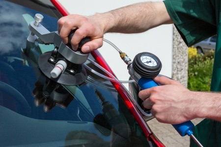 Auto Glass Perfections Cleanliness