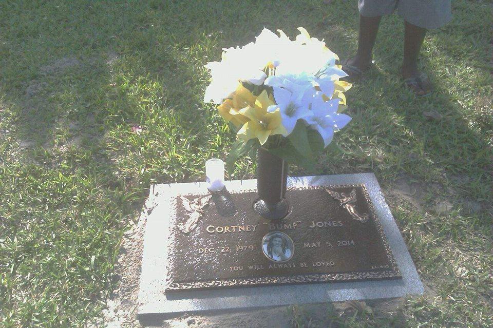 Glenwood Memorial Cemetery - Riviera Beach Comfortable