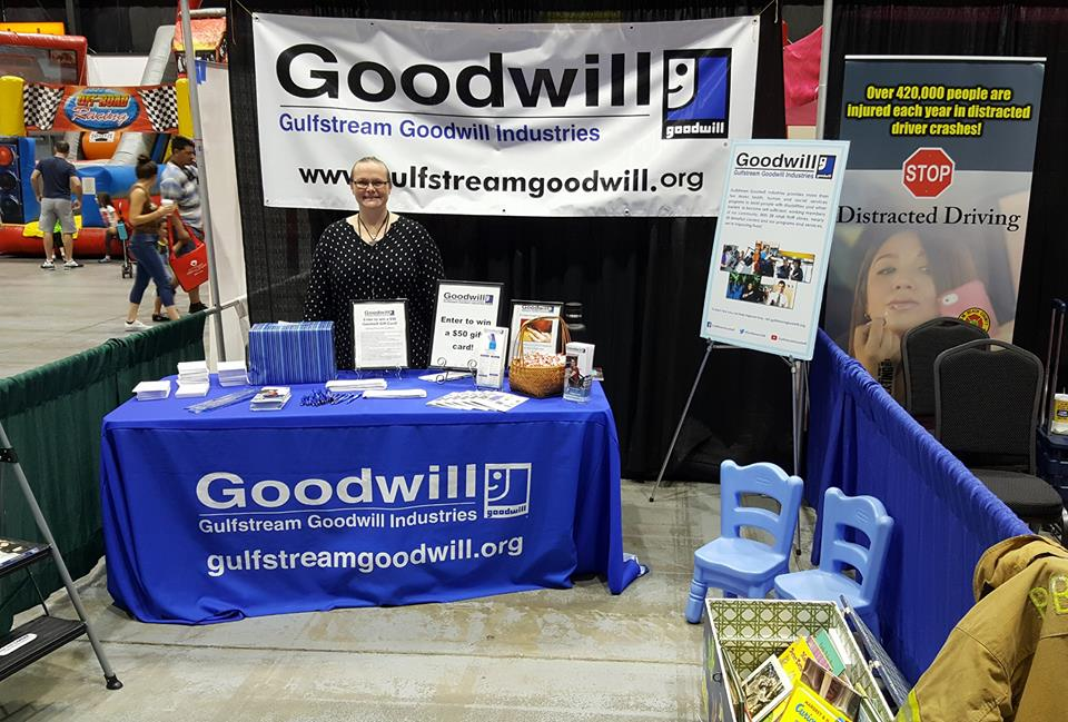 Goodwill Jupiter Super Store & Donation Center Thumbnails