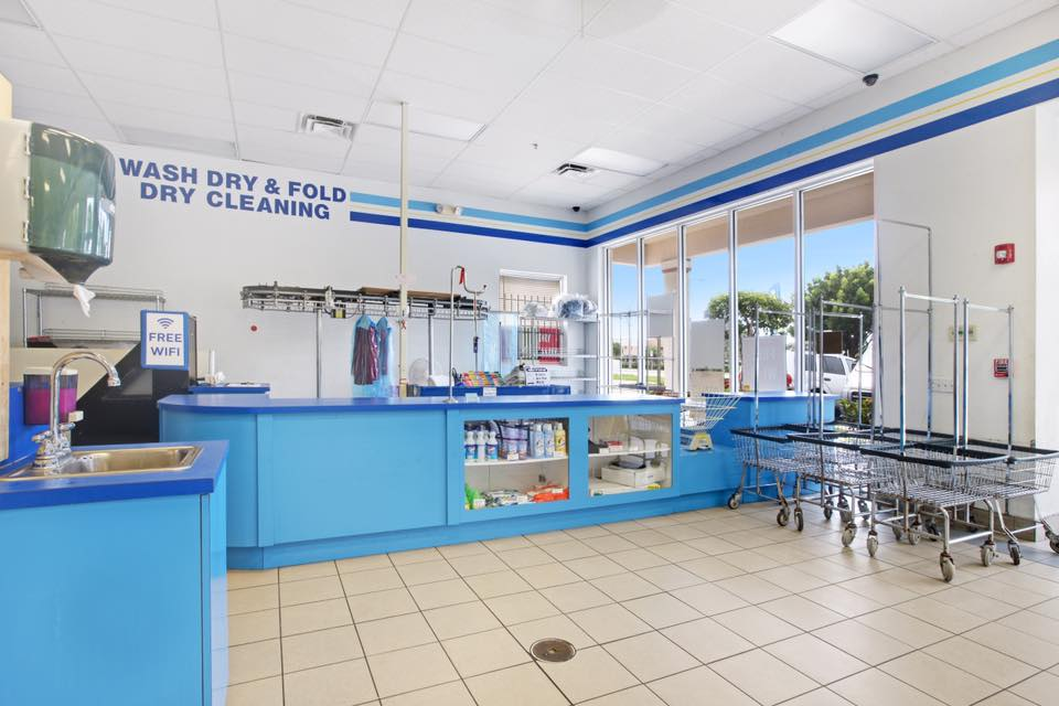 J & J Bubbles Laundromat - Nowata Information