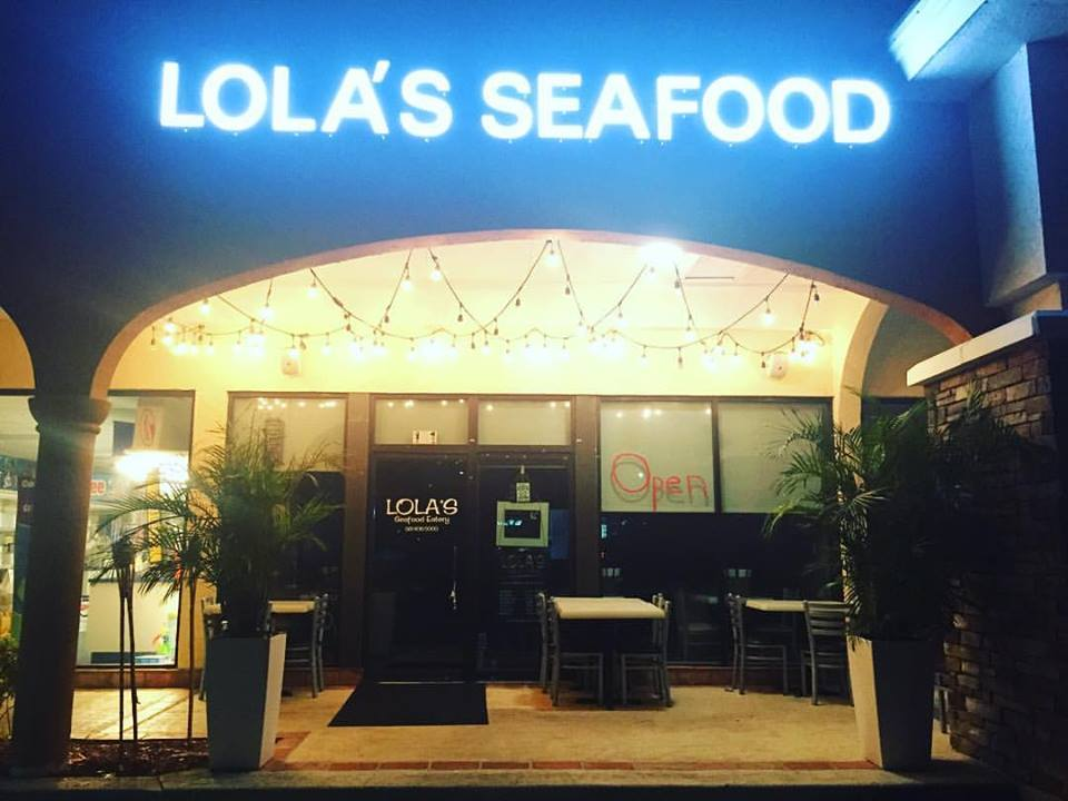 Lola's Seafood Eatery - Tequesta Entertainment