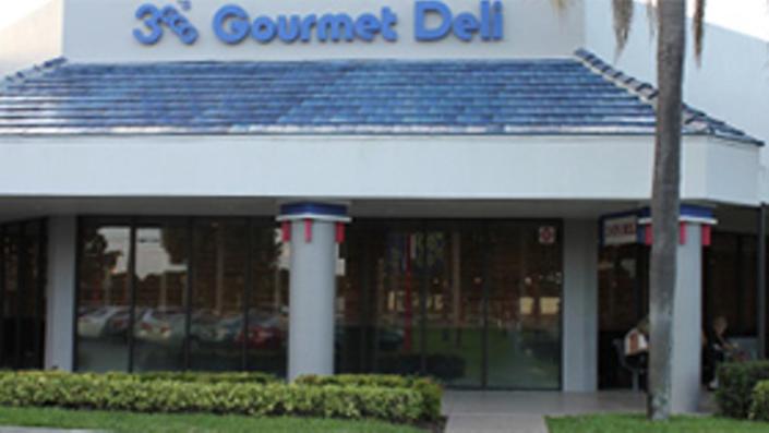 3 G's Gourmet Deli & Restaurant - Delray Beach Traditionally