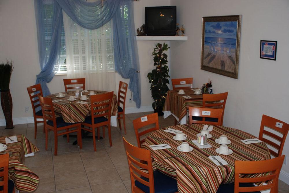 Anguilla Cay Senior Living - Lake Worth Housekeeping