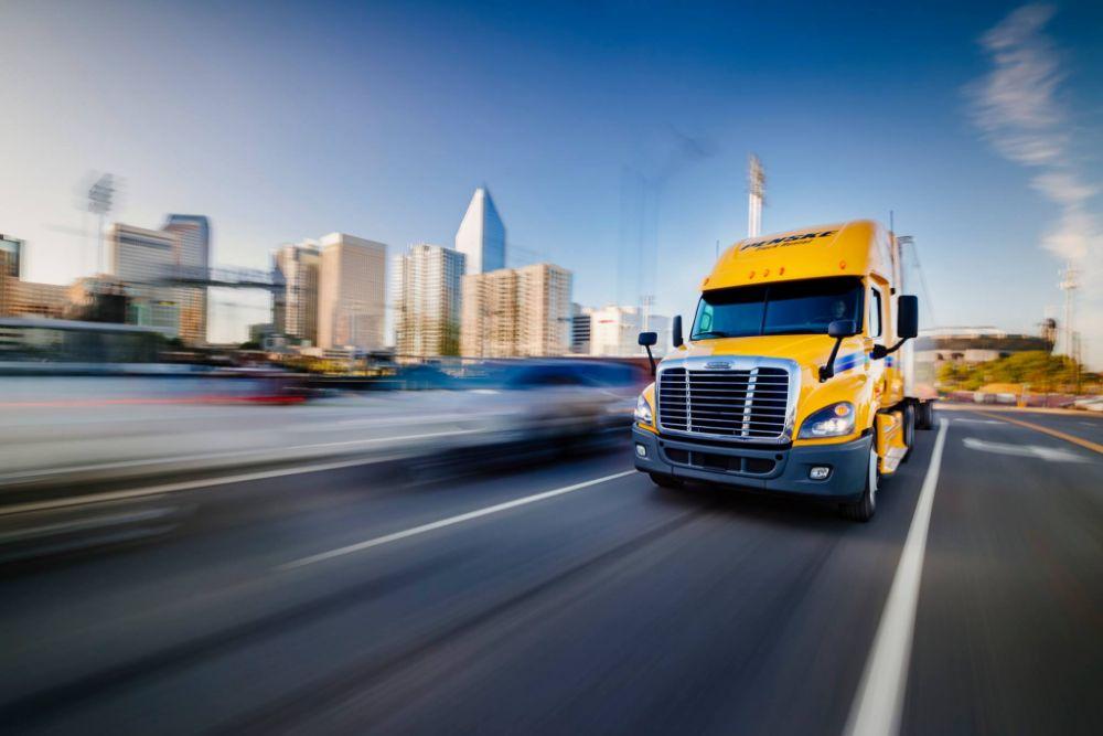 Penske Truck Rental - 4233 N John Young Pkwy Information