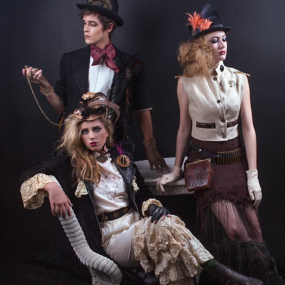 Orlando Vintage Clothing & Costume Information