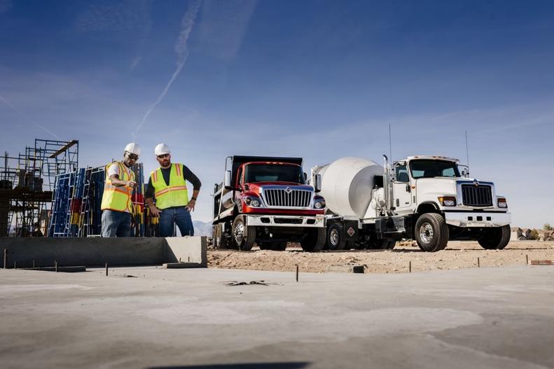 Maudlin International Trucks - Orlando Accommodate
