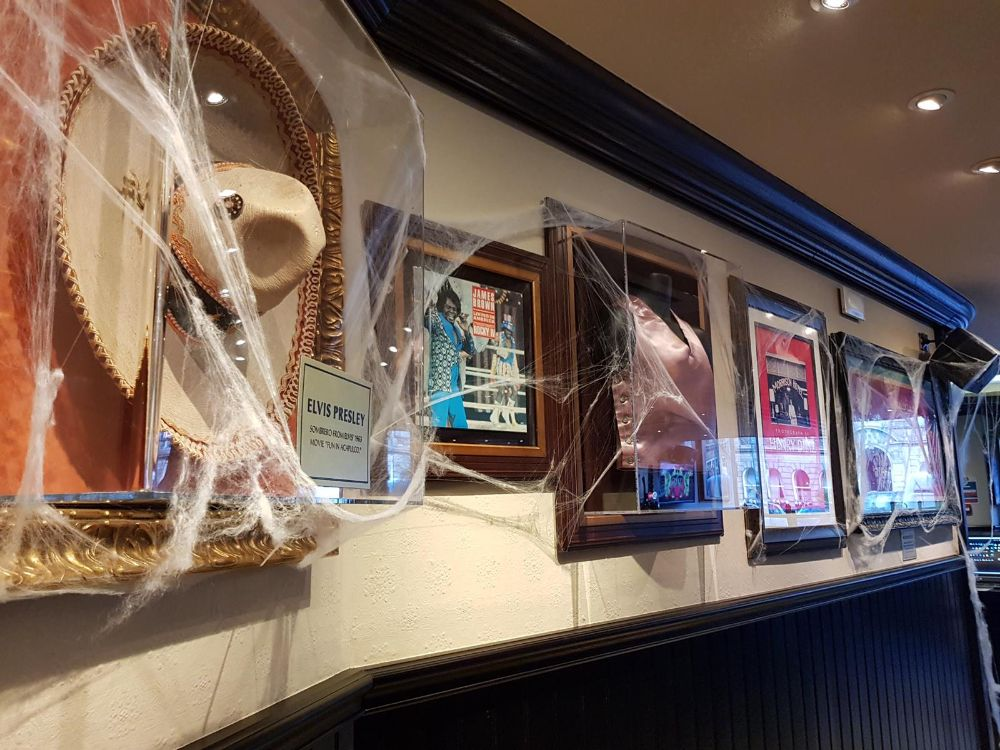 Hard Rock Cafe Surroundings